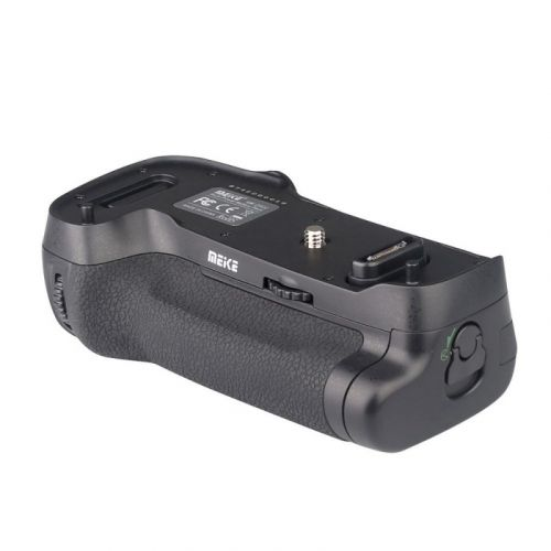 Meike battery pack for Nikon D500