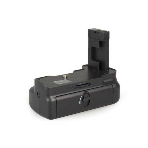 Meike battery pack for Nikon D5100