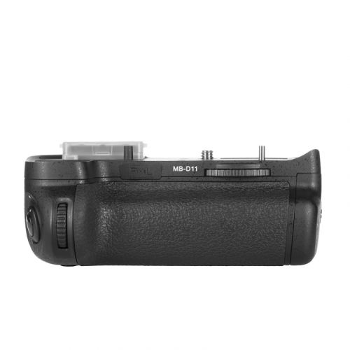 Pixel D11 Battery Grip for Nikon D7000
