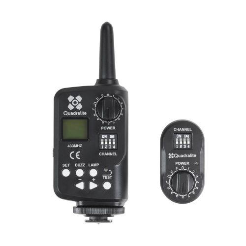Quadralite FT-16 Navigator Kit sans fil (émetteur et récepteur) pour flash de studio